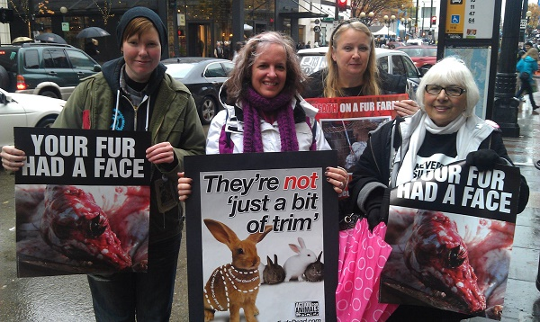 amy at fur free friday 2012