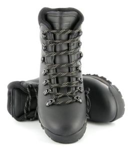 snowdon boots by Vegetarian Shoes